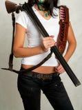 Κορίτσι ακτών με ένα πυροβόλο όπλο 4 Στοκ Εικόνες