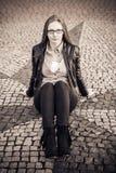 κορίτσι ανασκόπησης που θέτει το ύδωρ Στοκ Φωτογραφίες