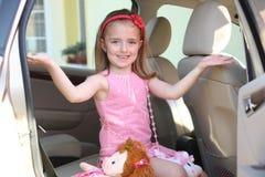 κορίτσι αυτοκινήτων συμπαθητικό Στοκ Φωτογραφία