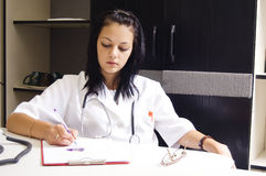 κορίτσι γιατρών στοκ εικόνες