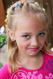 κορίτσι γκρινιάρικο λίγ&omicron Στοκ εικόνα με δικαίωμα ελεύθερης χρήσης