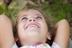 κορίτσι ευτυχές λίγα Στοκ εικόνα με δικαίωμα ελεύθερης χρήσης