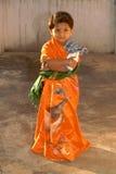 κορίτσι η λίγη Sari στοκ εικόνα