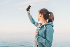Κορίτσι ικανότητας που κάνει το μόνος-πορτρέτο Στοκ εικόνες με δικαίωμα ελεύθερης χρήσης