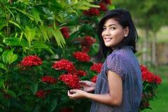 κορίτσι κήπων Στοκ Εικόνα