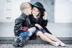Κορίτσι και αγόρι στοκ εικόνα