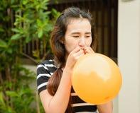 Κορίτσι και μπαλόνι Στοκ Εικόνες