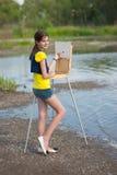 κορίτσι καλλιτεχνών Στοκ φωτογραφία με δικαίωμα ελεύθερης χρήσης
