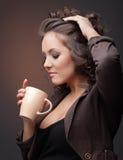 κορίτσι καφέ στοκ εικόνες