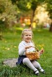 κορίτσι καλαθιών λίγη λυ&g Στοκ Εικόνες
