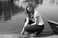 κορίτσι κοντά στη συνεδρί&a Στοκ φωτογραφίες με δικαίωμα ελεύθερης χρήσης