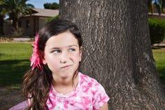 κορίτσι λίγα στοχαστικά στοκ φωτογραφία με δικαίωμα ελεύθερης χρήσης