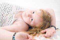 κορίτσι λίγη λυπημένη νεο&lam στοκ εικόνες
