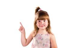 κορίτσι λίγο pointig επάνω Στοκ Εικόνες