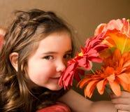 κορίτσι λουλουδιών λίγ&a Στοκ Εικόνες