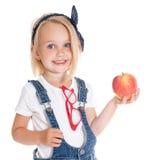 κορίτσι μήλων που κρατά το υπαίθριο πορτρέτο Στοκ Εικόνα