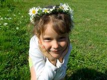 κορίτσι μαργαριτών Στοκ Φωτογραφίες