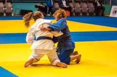 Κορίτσι μαχητών στο τζούντο Στοκ φωτογραφία με δικαίωμα ελεύθερης χρήσης