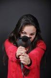 Κορίτσι με έναν στεγνωτήρα τριχώματος Στοκ φωτογραφία με δικαίωμα ελεύθερης χρήσης