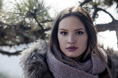 Κορίτσι με ένα μαντίλι Στοκ φωτογραφίες με δικαίωμα ελεύθερης χρήσης