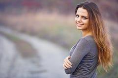 Κορίτσι με ένα σημάδι Στοκ Φωτογραφίες