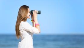 Κορίτσι με διοφθαλμικό Στοκ Φωτογραφίες