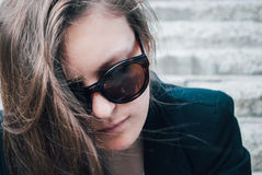 Κορίτσι με τα γυαλιά Στοκ Φωτογραφία