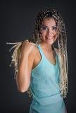 Κορίτσι με τα dreadlocks στοκ φωτογραφία με δικαίωμα ελεύθερης χρήσης