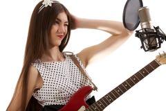 Κορίτσι με την κιθάρα Στοκ εικόνα με δικαίωμα ελεύθερης χρήσης