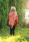Κορίτσι με την τσουγκράνα στοκ εικόνες