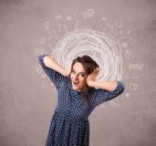 Κορίτσι με τις αφηρημένα κυκλικά γραμμές και τα εικονίδια doodle Στοκ Φωτογραφία