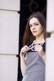 Κορίτσι με τις χάντρες Στοκ εικόνες με δικαίωμα ελεύθερης χρήσης
