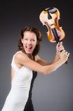 Κορίτσι με το βιολί στο λευκό Στοκ Εικόνες