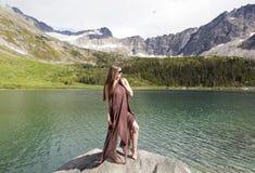 Κορίτσι με το μαντίλι Στοκ εικόνα με δικαίωμα ελεύθερης χρήσης