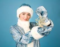 Κορίτσι με snowflake Στοκ εικόνες με δικαίωμα ελεύθερης χρήσης