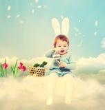 Κορίτσι μικρών παιδιών με το θέμα Πάσχας Στοκ Εικόνα