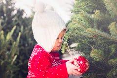 κορίτσι μπουκαλιών μωρών Στοκ εικόνα με δικαίωμα ελεύθερης χρήσης