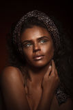 Κορίτσι ομορφιάς μόδας πανέμορφη γυναίκα πορτρέτου Μοντέρνο κούρεμα Στοκ Φωτογραφίες