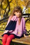 κορίτσι πάγκων λίγα Στοκ φωτογραφία με δικαίωμα ελεύθερης χρήσης