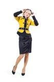 κορίτσι παλτών κίτρινο στοκ φωτογραφία με δικαίωμα ελεύθερης χρήσης
