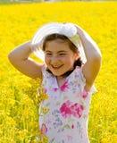 κορίτσι πεδίων λίγα Στοκ φωτογραφία με δικαίωμα ελεύθερης χρήσης
