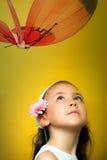κορίτσι πεταλούδων λίγο & Στοκ Φωτογραφία