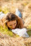 κορίτσι πεταλούδων καθαρό Στοκ εικόνα με δικαίωμα ελεύθερης χρήσης