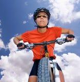 κορίτσι ποδηλατών Στοκ Φωτογραφίες