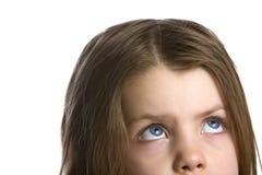 κορίτσι που ανατρέχει ουρανός Στοκ φωτογραφίες με δικαίωμα ελεύθερης χρήσης