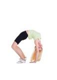 Κορίτσι που κάνει τη γέφυρα άσκησης Στοκ εικόνα με δικαίωμα ελεύθερης χρήσης