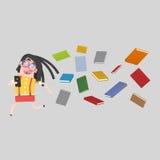 Κορίτσι που οργανώνεται μακριά πολλών βιβλίων Στοκ εικόνα με δικαίωμα ελεύθερης χρήσης