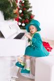Κορίτσι που παίζει το πιάνο Στοκ Φωτογραφίες