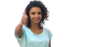 Κορίτσι που παρουσιάζει θετικό αντίχειρα συγκινήσεων απόθεμα βίντεο