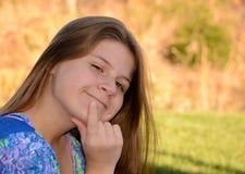 κορίτσι που σκέφτεται νέο Στοκ εικόνες με δικαίωμα ελεύθερης χρήσης